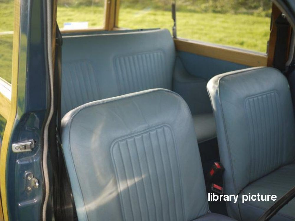1969 trafalgar blue traveller with light blue interior trim charles ware 39 s morris minor centre. Black Bedroom Furniture Sets. Home Design Ideas