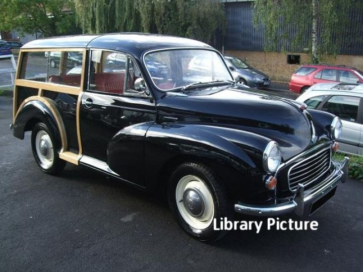 Black Morris Minor Traveller