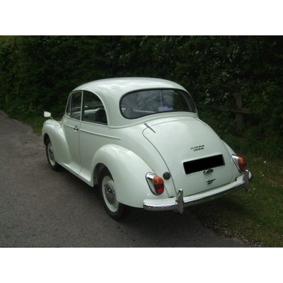 Snowberry White 2-door Saloon 2a