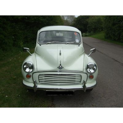 Snowberry White 2-door Saloon 3