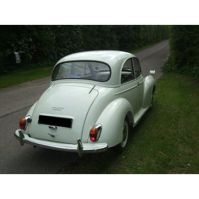Snowberry White 2-door Saloon 5a