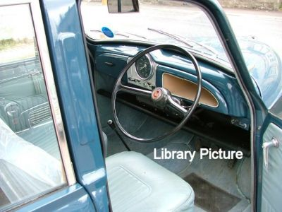640-morris_minor_saloon_lib_photos_5