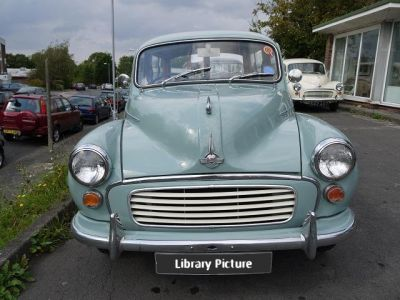 640-morris_minor_smoke_grey_traveller-03