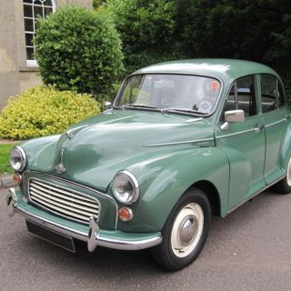 Morris Minor Saloons