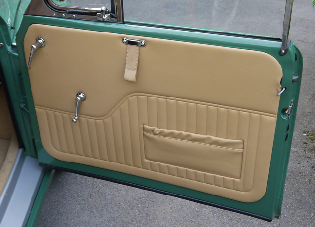 55ca1101cb334-biscuit-trim-door-with-pocket
