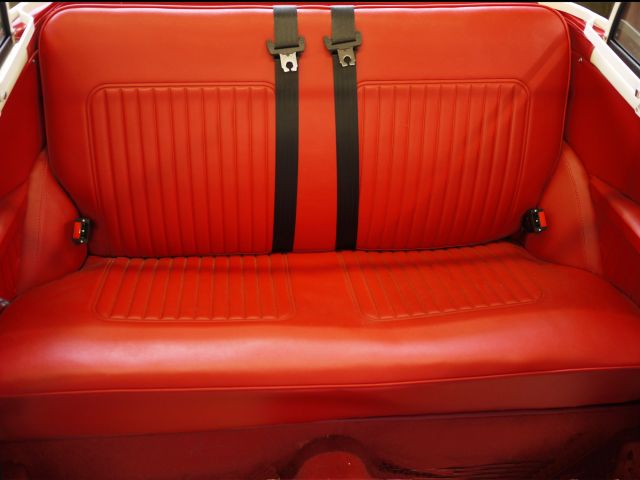Rear Seats - Red