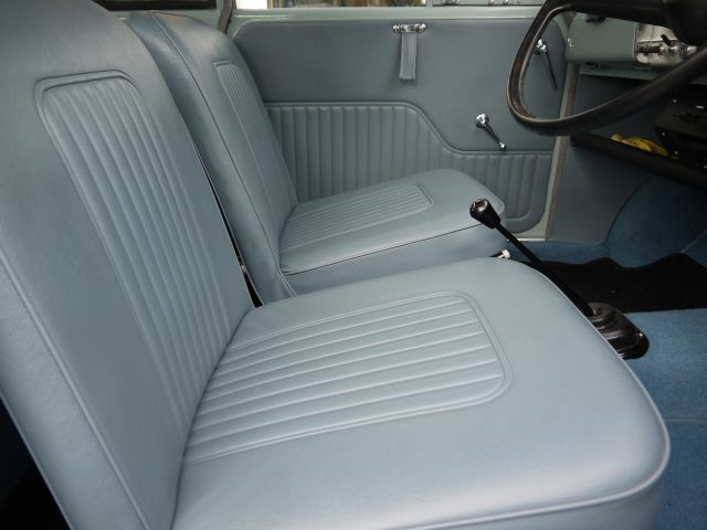 Interior Trim Kit - Vinyl - Saloon